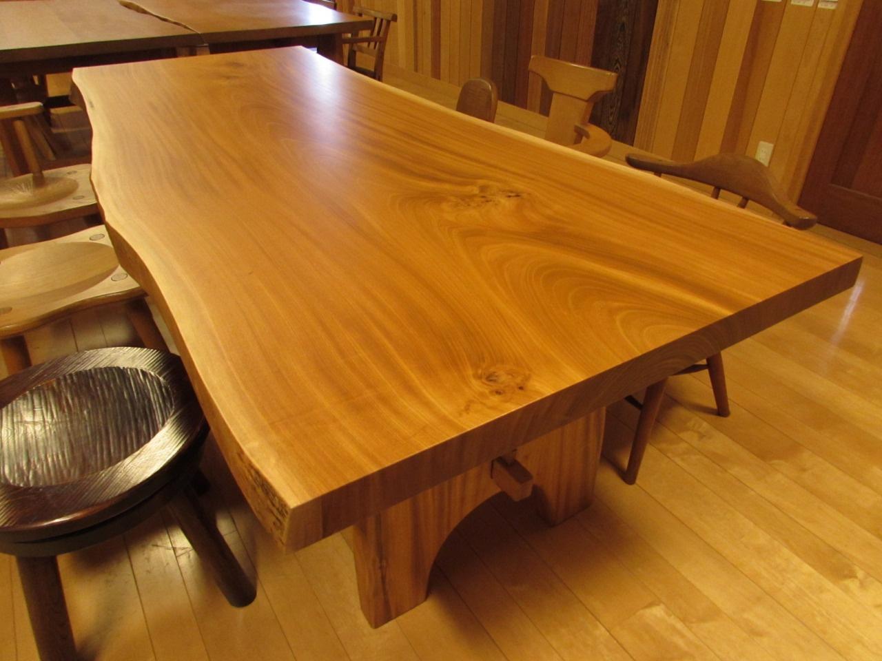 板 テーブル 枚 一 名古屋 一枚板と銘木のお店 ウッドギャラリー源木 一枚板、カウンター 一枚板テーブル、一枚板カウンター、桧一枚板、檜カウンター、鮨カウンター、店舗カウンター、銘木、